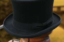 Tophat-red-black-6inch-thumb